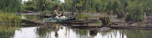 Blending in with nature and Toman Hunting on a KAYAK